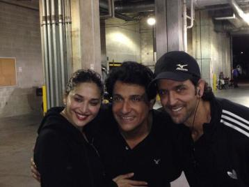 Selfie - Hrithik, Shiamak and Madhuri